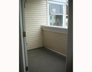 """Photo 9: 304 6820 RUMBLE Street in Burnaby: South Slope Condo for sale in """"GOVERNORS WALK"""" (Burnaby South)  : MLS®# V642206"""