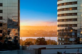 Photo 4: DOWNTOWN Condo for sale : 2 bedrooms : 100 Harbor Dr #704 in San Diego