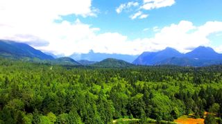 Photo 1: LOT 1 DAVIDSON Road in Gibsons: Gibsons & Area Land for sale (Sunshine Coast)  : MLS®# R2608777