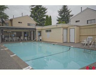 """Photo 10: 61 9386 128TH Street in Surrey: Queen Mary Park Surrey Townhouse for sale in """"Surrey Meadows"""" : MLS®# F2819462"""