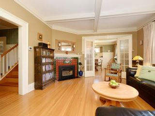 Photo 5: 335 Vancouver St in : Vi Fairfield West House for sale (Victoria)  : MLS®# 872422