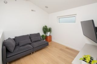 Photo 16: 1315 LAKEWOOD Drive in Vancouver: Grandview VE House for sale (Vancouver East)  : MLS®# R2173429