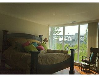 """Photo 5: 428 BEACH Crescent in Vancouver: False Creek North Condo for sale in """"KINGS LANDING"""" (Vancouver West)  : MLS®# V626269"""