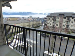 Photo 16: 406 9000 BIRCH STREET in Chilliwack: Chilliwack W Young-Well Condo for sale : MLS®# R2235319