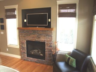 Photo 8: 5688 152 Street in SULLIVAN GATE: Home for sale
