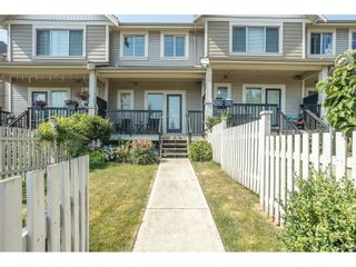 """Photo 2: 46 19097 64 Avenue in Surrey: Cloverdale BC Townhouse for sale in """"The Heights"""" (Cloverdale)  : MLS®# R2601092"""