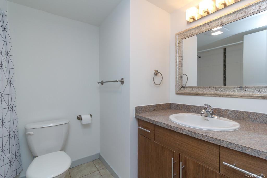 Photo 15: Photos: 402 3800 Quadra St in Saanich: SE Quadra Condo for sale (Saanich East)  : MLS®# 842546