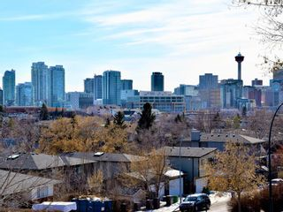 Photo 2: 836 Bridge Crescent NE in Calgary: Bridgeland/Riverside Detached for sale : MLS®# A1084169