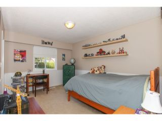 "Photo 14: 5290 1ST Avenue in Tsawwassen: Pebble Hill House for sale in ""PEBBLE HILL"" : MLS®# V1118434"