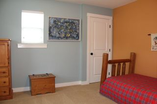 "Photo 9: 9475 WASKA Street in Langley: Fort Langley House for sale in ""Bedford Landing"" : MLS®# R2085903"