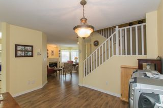 Photo 11: 412 13900 HYLAND ROAD in Surrey: East Newton Townhouse for sale : MLS®# R2112905