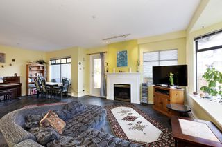 """Photo 5: 17 221 ASH Street in New Westminster: Uptown NW Townhouse for sale in """"PENNY LANE"""" : MLS®# R2531968"""