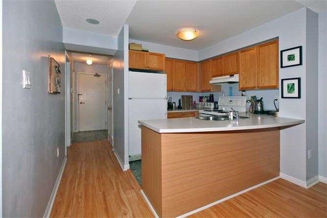 Photo 8: Photos: 808 109 E Front Street in Toronto: Moss Park Condo for lease (Toronto C08)  : MLS®# C3510548