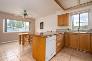 Photo 8: 2997 COAST MERIDIAN Road in Port Coquitlam: Glenwood PQ Townhouse for sale : MLS®# R2440834