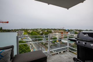 Photo 12: 802 1090 Johnson St in : Vi Downtown Condo for sale (Victoria)  : MLS®# 855781