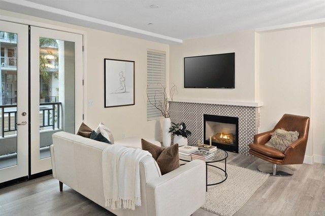 Main Photo: Condo for sale : 2 bedrooms : 3265 5Th Avenue in San Diego