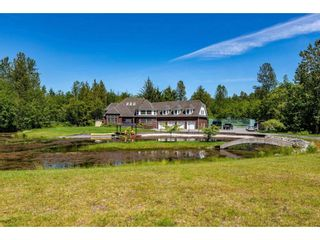 Main Photo: 37069 WHELAN Road in Abbotsford: Sumas Mountain House for sale : MLS®# R2536376