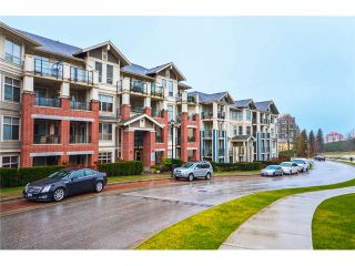 Photo 2: 202 285 Ross Drive in New Westminster: Fraserview NW Condo for sale : MLS®# V1062472