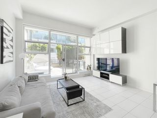 """Photo 3: 101 1252 HORNBY Street in Vancouver: Downtown VW Condo for sale in """"PURE"""" (Vancouver West)  : MLS®# R2604180"""