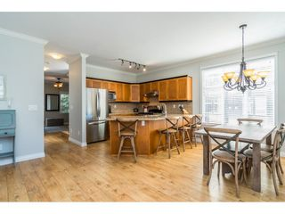 Photo 6: 23 6588 188 STREET in Surrey: Cloverdale BC Townhouse for sale (Cloverdale)  : MLS®# R2311211