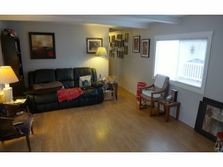 """Photo 2: 112 3300 HORN Street in Abbotsford: Central Abbotsford Manufactured Home for sale in """"Georgia Park"""" : MLS®# F1401893"""