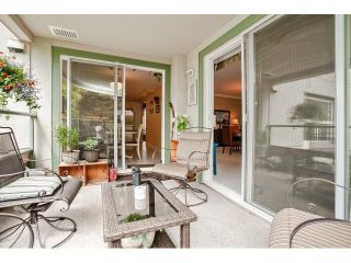 Photo 17: # 402 1725 128TH ST in Surrey: Crescent Bch Ocean Pk. Condo for sale (South Surrey White Rock)  : MLS®# F1441077