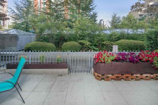 """Photo 17: 105 928 RICHARDS Street in Vancouver: Yaletown Townhouse for sale in """"SAVOY"""" (Vancouver West)  : MLS®# R2188687"""