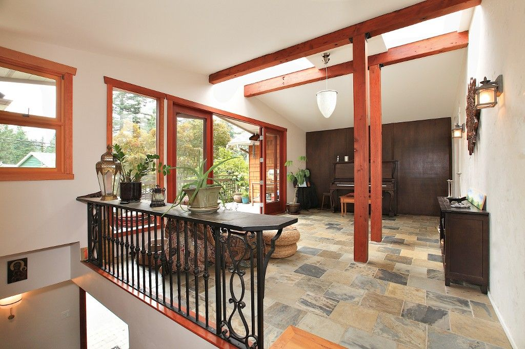 Photo 13: Photos: 2550 SECHELT Drive in North Vancouver: Blueridge NV House for sale : MLS®# V965349