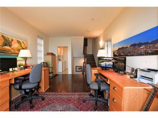 Photo 13: 8683 SEASCAPE Drive in West Vancouver: Howe Sound Townhouse for sale : MLS®# V1042372