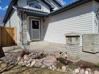 Photo 2: 35 LANDSDOWNE Drive: Spruce Grove House for sale : MLS®# E4241540