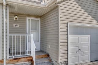 Photo 2: 40 Mt Aberdeen Manor SE in Calgary: McKenzie Lake Row/Townhouse for sale : MLS®# A1100285