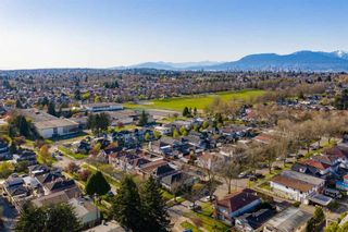 Photo 15: 6975 BEATRICE Street in Vancouver: Killarney VE House for sale (Vancouver East)  : MLS®# R2568389