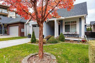 """Photo 3: 45807 FOXRIDGE Crescent in Chilliwack: Vedder S Watson-Promontory House for sale in """"Englewood Village"""" (Sardis)  : MLS®# R2608773"""