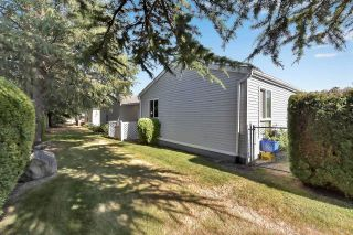 """Photo 26: 39 2345 CRANLEY Drive in Surrey: King George Corridor Manufactured Home for sale in """"LA MESA"""" (South Surrey White Rock)  : MLS®# R2601872"""