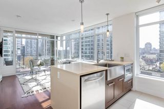 "Photo 3: 611 888 HOMER Street in Vancouver: Downtown VW Condo for sale in ""The Beasley"" (Vancouver West)  : MLS®# R2562911"