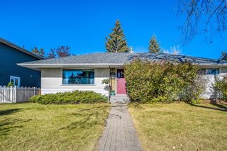 Main Photo: 102 Warwick Drive SW in Calgary: Westgate Detached for sale : MLS®# A1153430