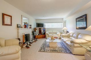 Photo 17: 8736 TULSY Crescent in Surrey: Queen Mary Park Surrey House for sale : MLS®# R2192315