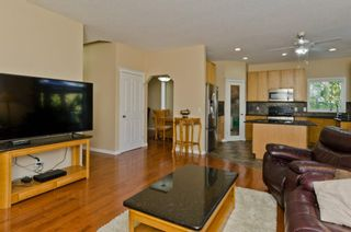 Photo 9: 117 Evansmeade Circle NW in Calgary: Evanston Detached for sale : MLS®# A1042078