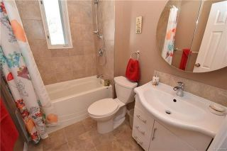Photo 9: 19 Sherwood Place in Winnipeg: St Vital Residential for sale (2D)  : MLS®# 1812341
