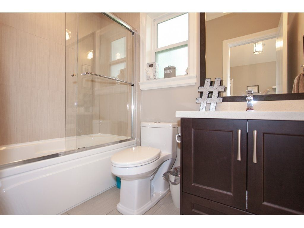 Photo 15: Photos: 1413 130 Street in Surrey: Crescent Bch Ocean Pk. House for sale (South Surrey White Rock)  : MLS®# R2311122