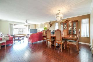 Photo 2: 9176 138 Street in Surrey: Bear Creek Green Timbers House for sale : MLS®# R2402252