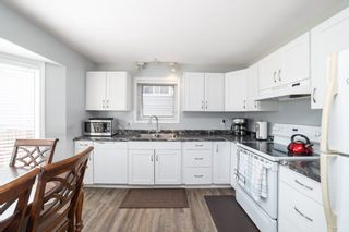 Photo 12: 9811 163 Avenue in Edmonton: Zone 27 House for sale : MLS®# E4226776