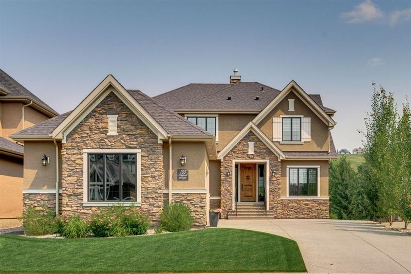 FEATURED LISTING: 100 Cranbrook Heights Southeast Calgary