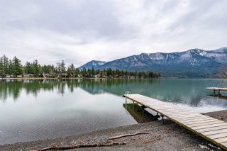Photo 29: 40 LAKESHORE Drive: Cultus Lake House for sale : MLS®# R2531780