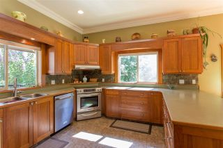 Photo 5: 42047 GOVERNMENT Road in Squamish: Brackendale House for sale : MLS®# R2151176