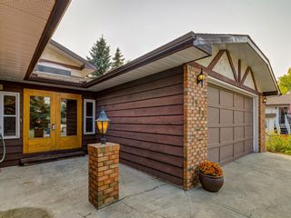 Photo 3: 1233 Smith Avenue: Crossfield Detached for sale : MLS®# A1034892