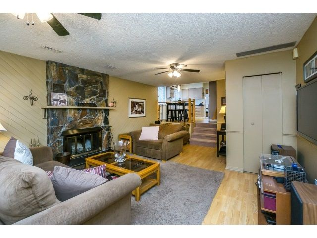 Photo 13: Photos: 5926 183 Street in Surrey: Cloverdale BC House for sale : MLS®# R2028252