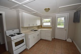 Photo 5: 1086 Highway 201 in Greenwood: 404-Kings County Residential for sale (Annapolis Valley)  : MLS®# 202118280