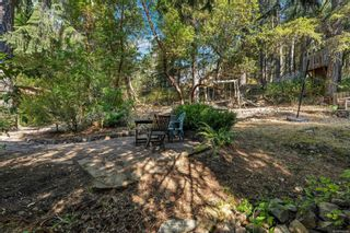 Photo 34: 2258 Trudie Terr in Langford: La Thetis Heights House for sale : MLS®# 884383