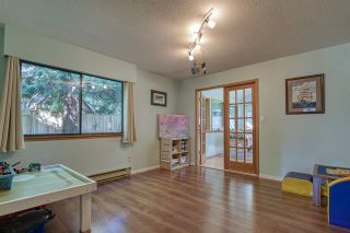 "Photo 10: 8092 DOGWOOD Drive in Halfmoon Bay: Halfmn Bay Secret Cv Redroofs House for sale in ""Welcome Woods"" (Sunshine Coast)  : MLS®# R2487226"